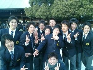 明治神宮にて 日本大学自転車部